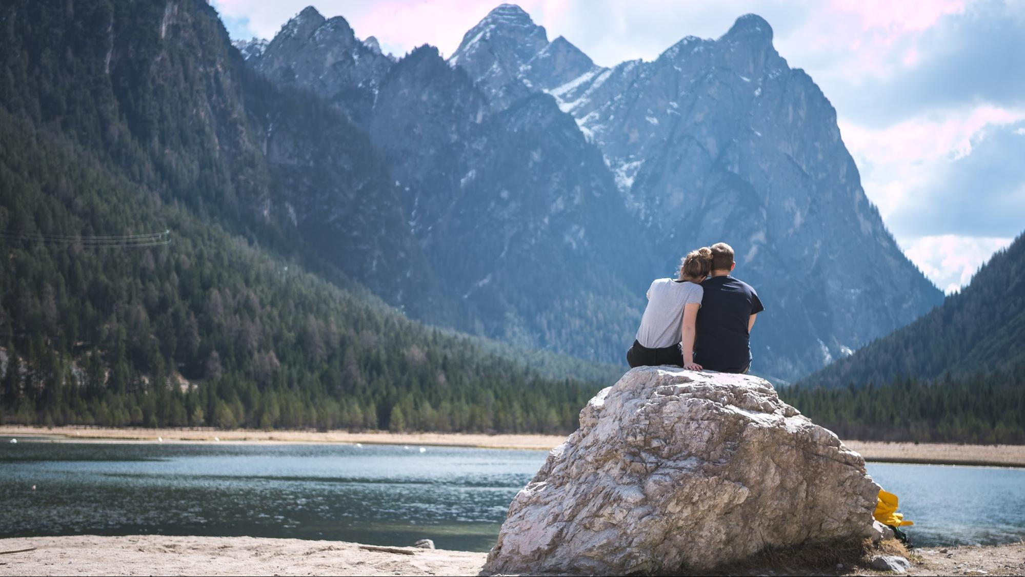 ideas de poses para pareja enamoradas