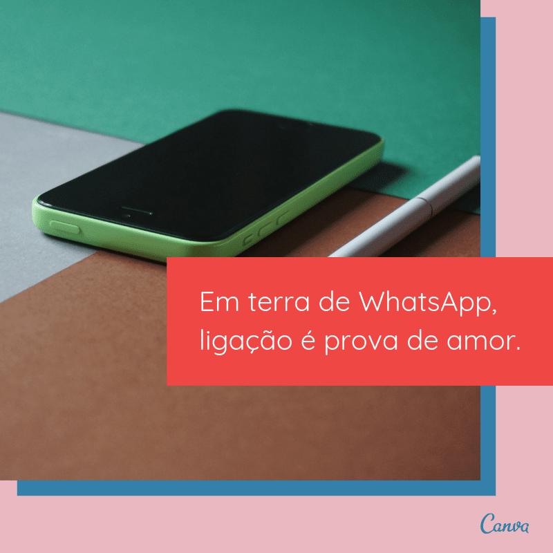 Celular com corações WhatsApp Mensagem