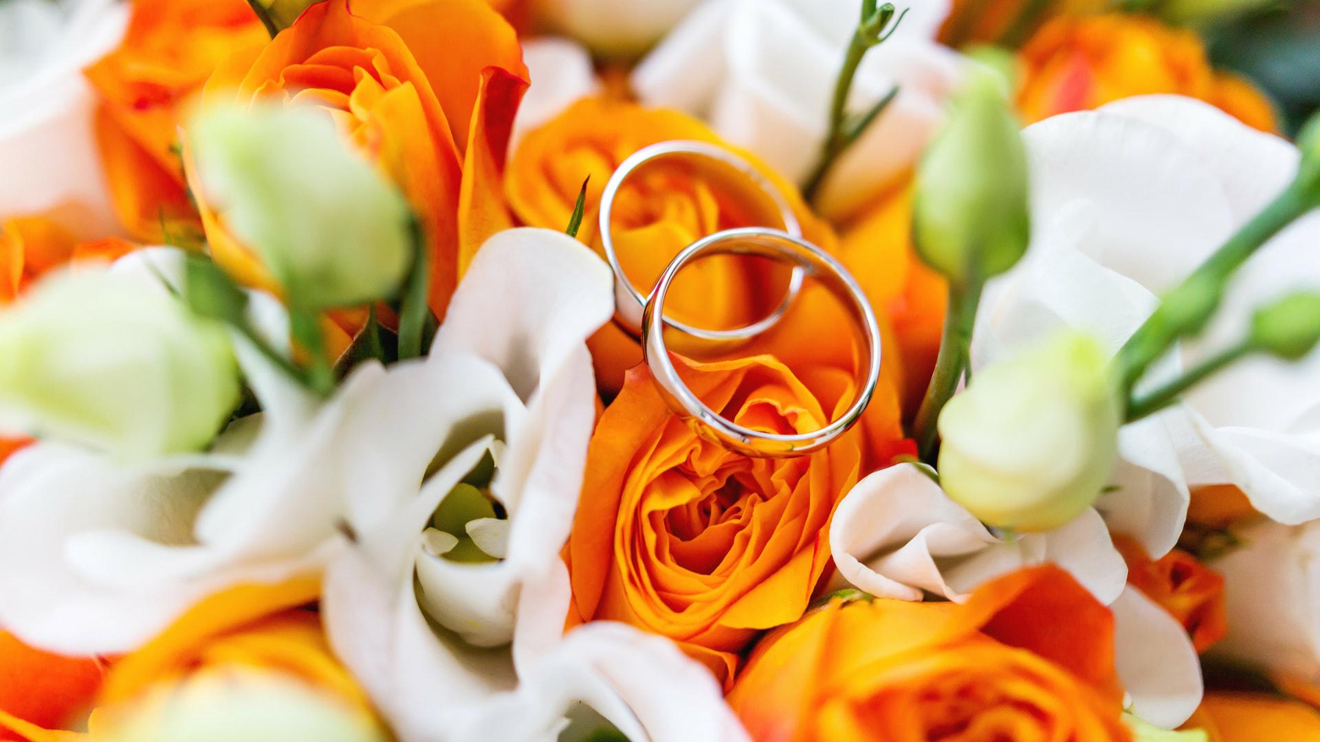 kombinasi-warna-undangan-pernikahan