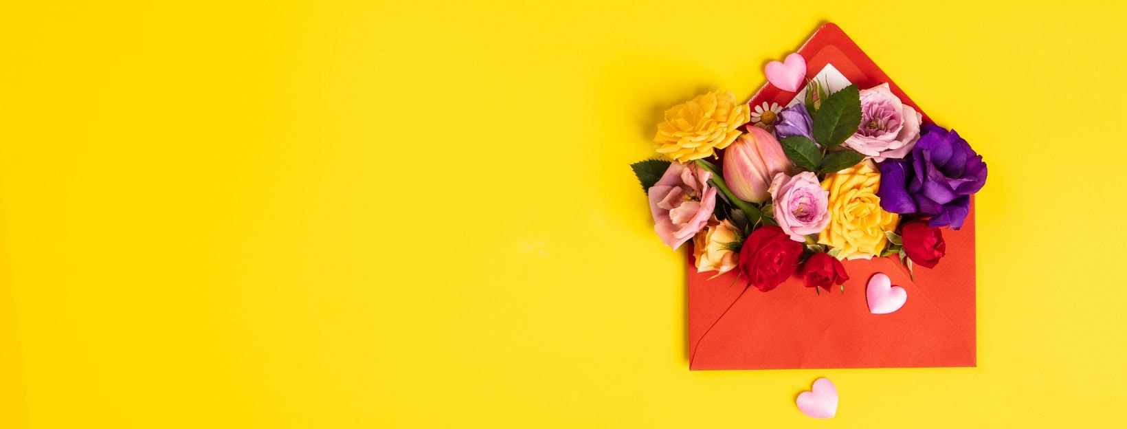 BANNER-MADQUfS6yV8-opened-red-envelope-with-flowers-arrangements-on-yellow-backgrou