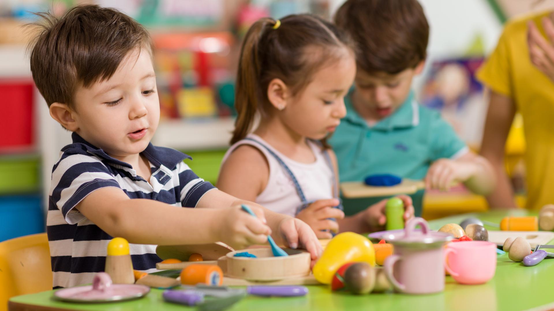 canva,école à la maison, école à domicile, enfants,activités,loisirs,école