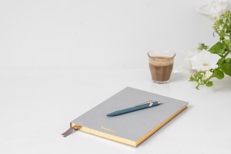 Siempre ten un cuaderno y una pluma