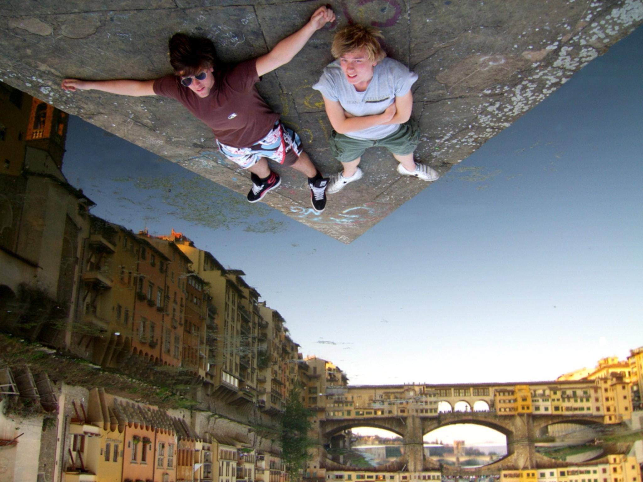 Pegados en Florencia