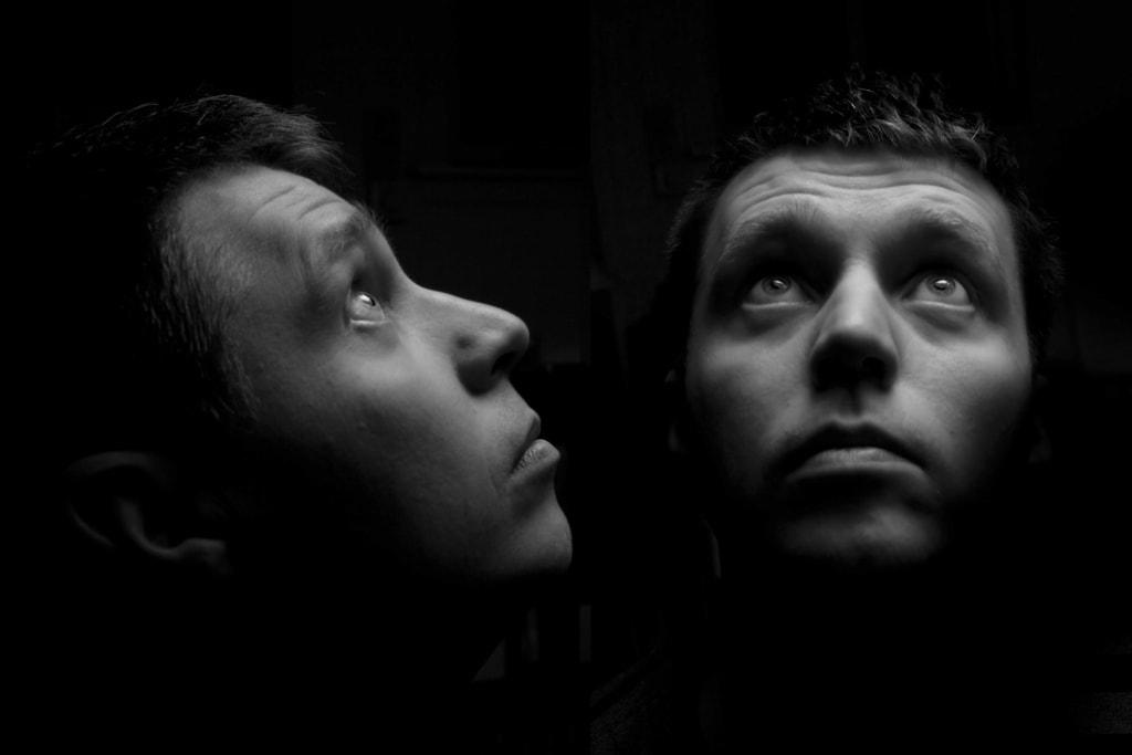 Moonstruck, por Jo Christian Oterhals. Foto creada con un solo flash