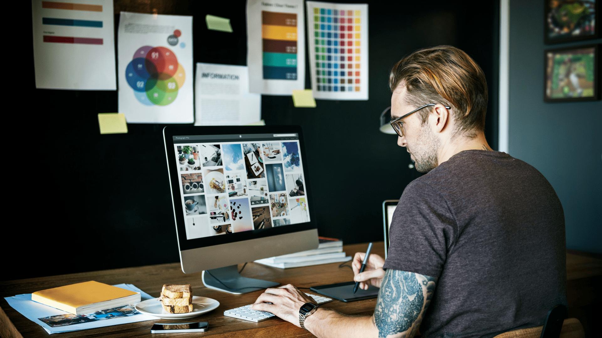 Diseñador trabajando