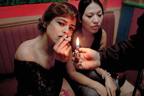 Welcome to Lipstick, por Maya Goded
