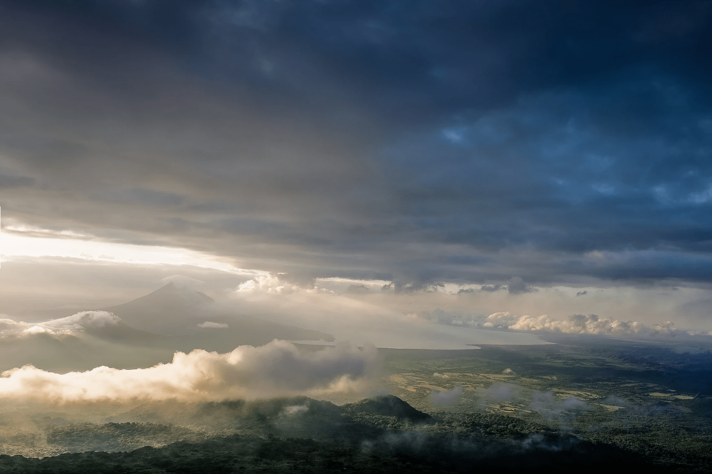 El gran angular da amplitud para fotos de paisaje