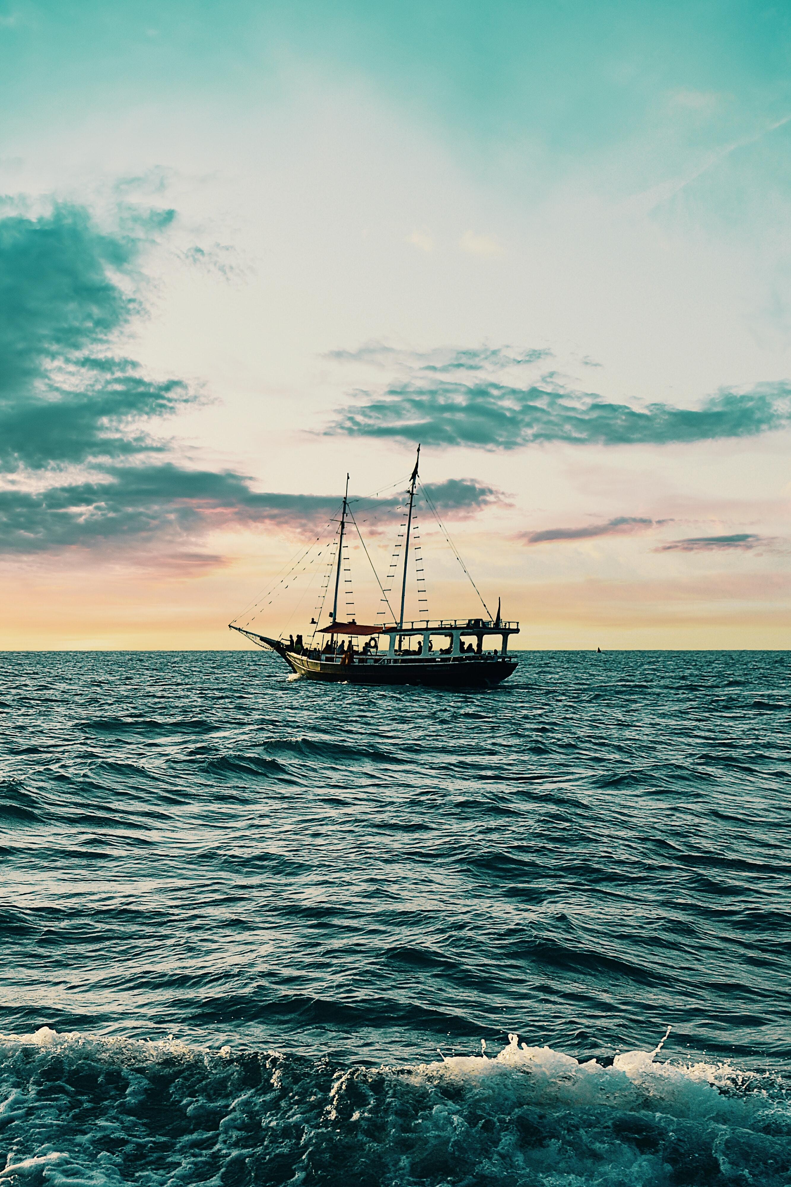 海のpc スマホ壁紙事例集 フリーで使えるおしゃれで高画質な画像まとめ
