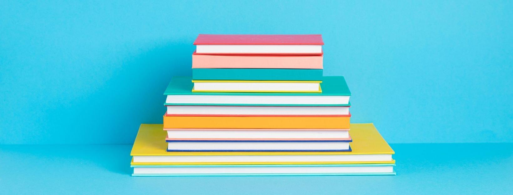 Bunte Bücher und Buchcover