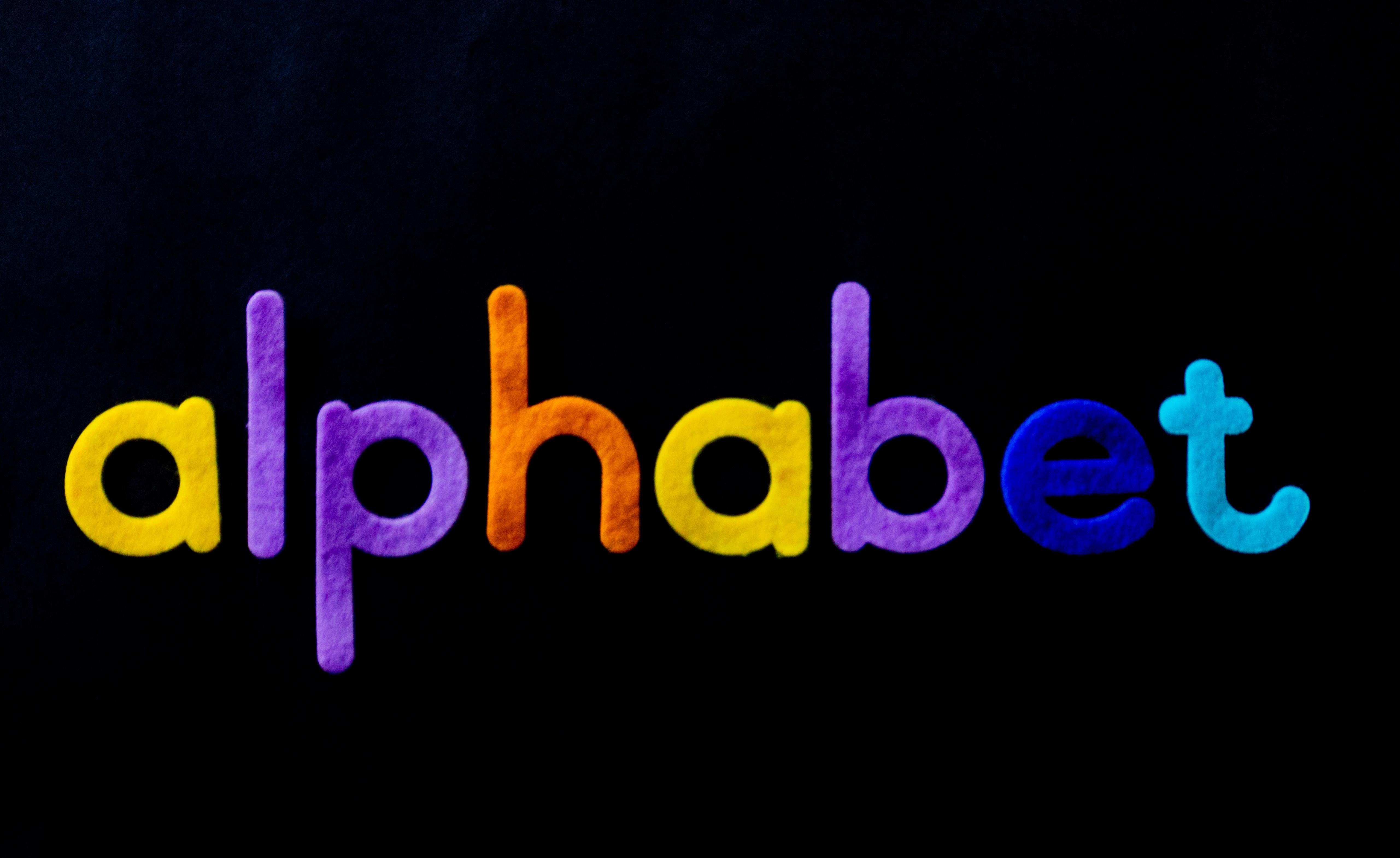 шрифты для логотипа баннер