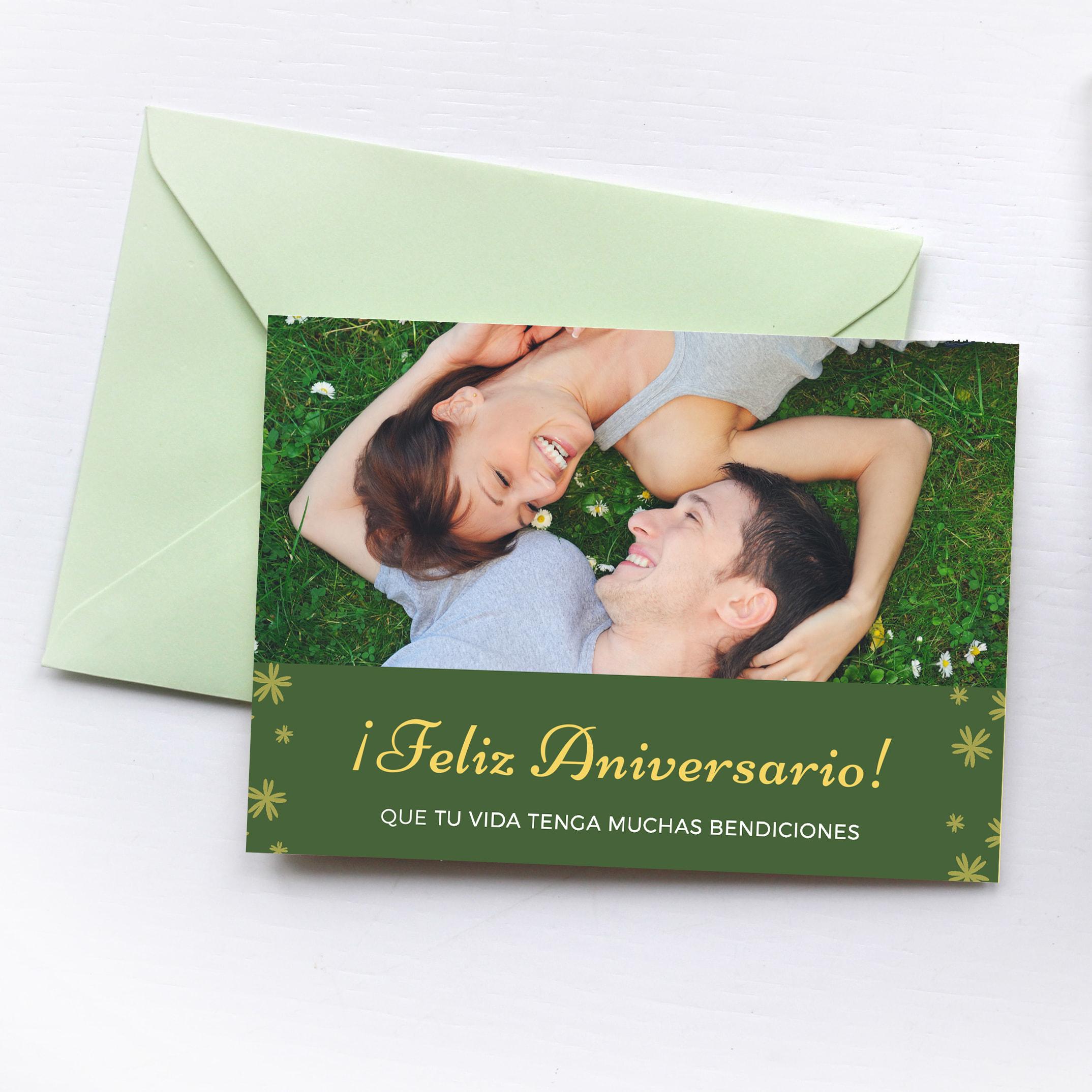 Aniversario - Green Couple Photo Anniversary Card