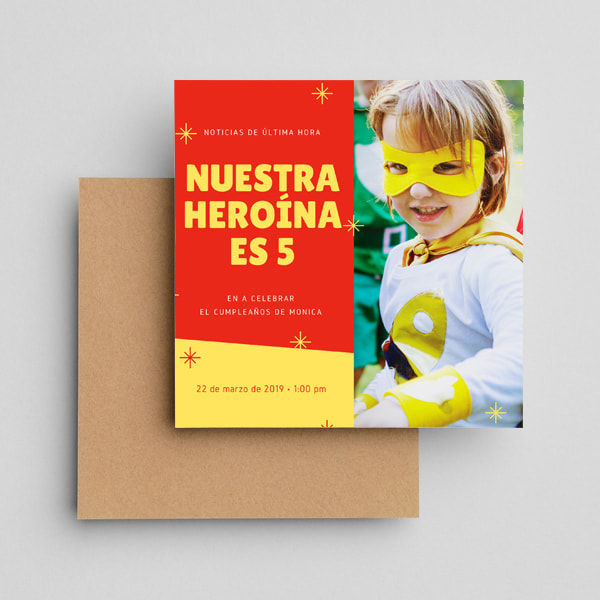 Fiestas Infantiles - Red and Yellow Sparkles Photo Superhero Invitation